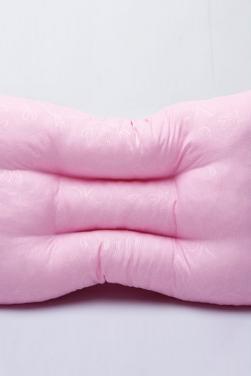 压花护颈枕芯